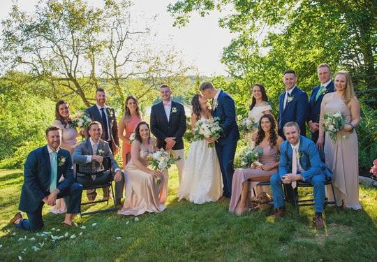 Barn-Door-Blooms-Wedding-Florist