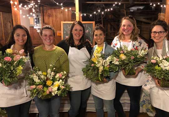 Barn-Door-Blooms-Workshops-&-Parties